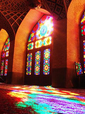 Iran_pinkmosque_01.jpg