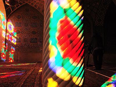 Iran_pinkmosque_03.jpg