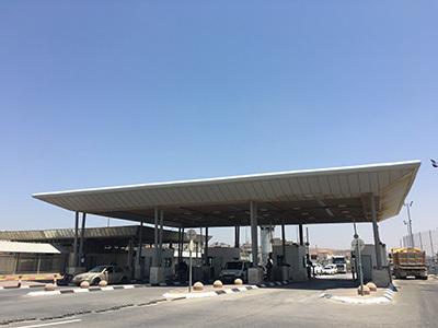 gate3572_400.jpg