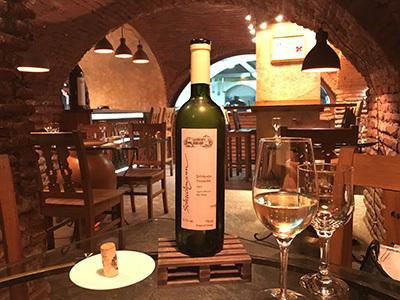 wine bar_2813_400.jpg